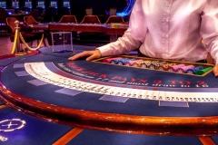 Onix-Casino-35-2560x1357-1280x679